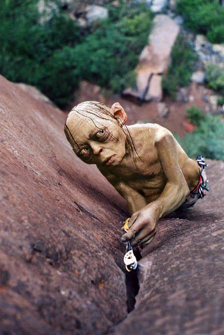 Tem gente que abandona camalot por anos na rocha e depois fica: My preciousssss.....