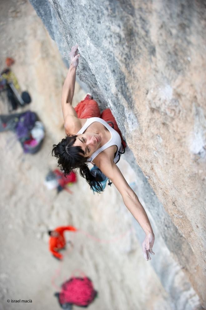 Teresa Troya encadena seu primeiro 10b em Oliana