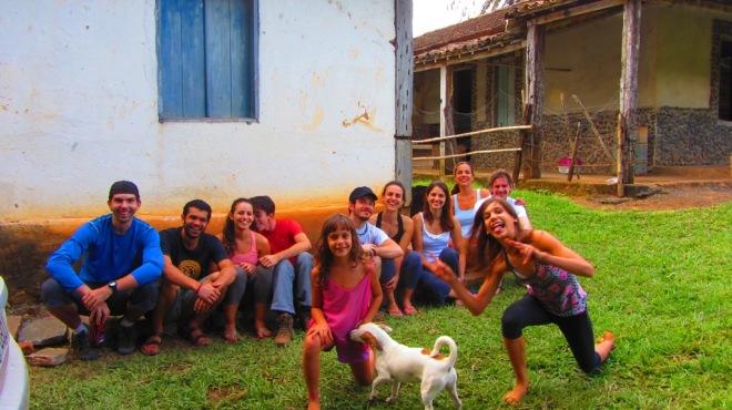 SCPT e a família do Rastro de São Pedro: As meninas Iá-Iá com a Nanica,  Tatá e ao fundo a direita, a Célia e o Victor.