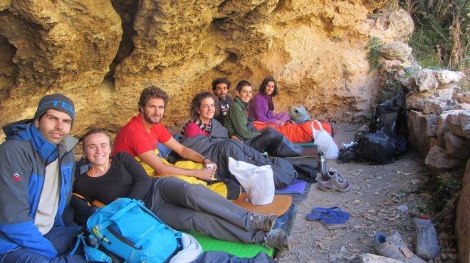 A noite, depois de umas cañas en el pueblo, fizemos Bivaque na tal cueva onde já havia feito bivaque outras 2 ocasiões.